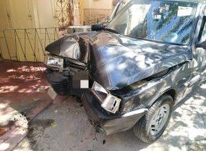 Photo of Leones: Perdió el control de su auto y colisionó contra una vivienda